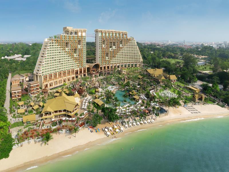 Centara Grand Mirage Beach Resort Pattaya (17)